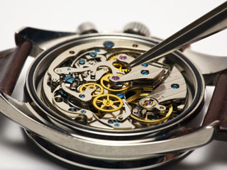 Sửa chữa đồng hồ Phan Hiền